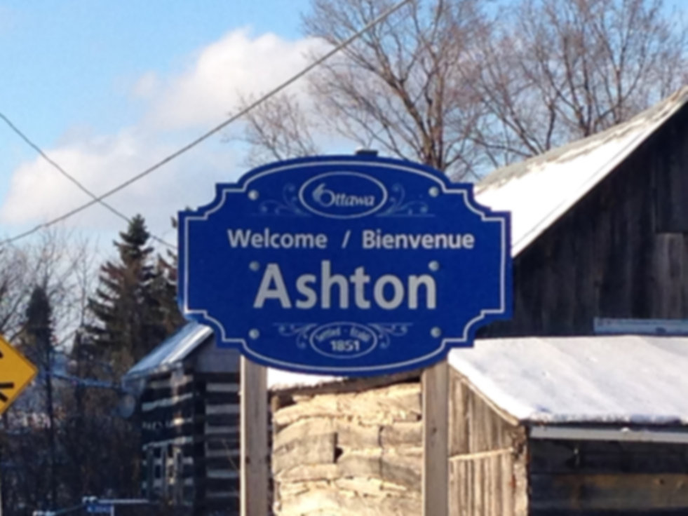 blue Welcome Ashton sign