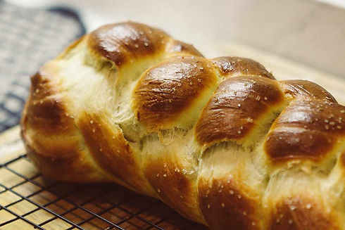 challah-bread-LYB88FG.jpg