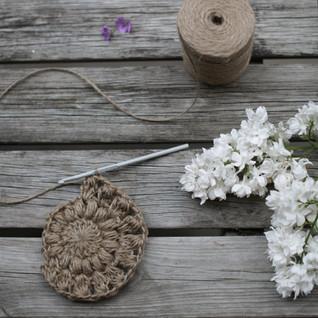 Crochet hipster handbag in the making