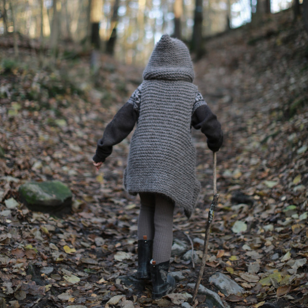 Knitted Hooded Vest for kids. Hipster style. (KNITTING PATTERN) LIttle wanderer. Sustainable kids fashion. Handmade with love by you.