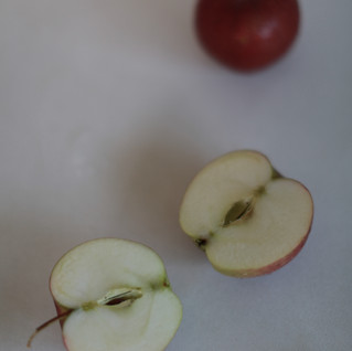 Slicing apples, for apple cake.