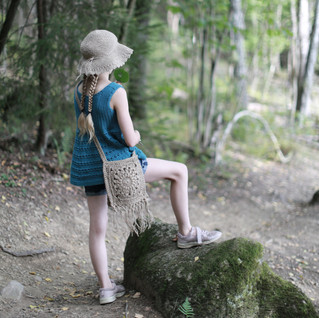 Back to nature. Sustainable kids fashion. Kids hipster style. Handmade with love by you.