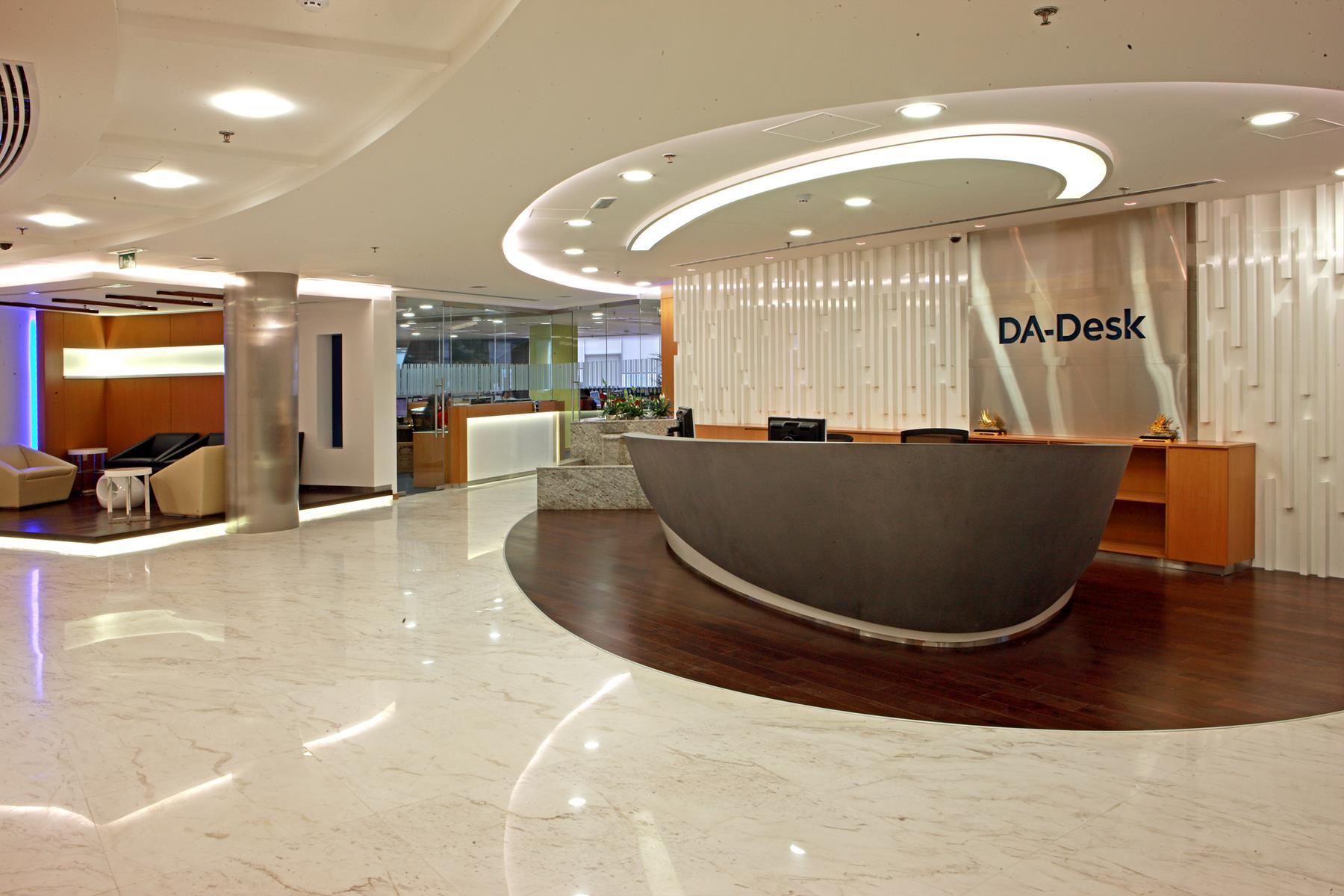 DA Desk