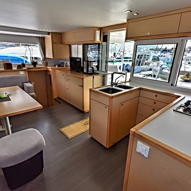 2016822235011349-aug-16-kitchen-and-interior.jpg_big.jpg
