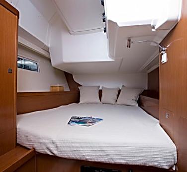 yacht_charter_croatia_oceanis_45_2014_id2244-3.jpg