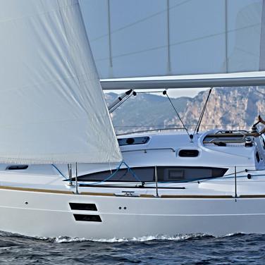 elan-impression-40-sailing-boat.jpg