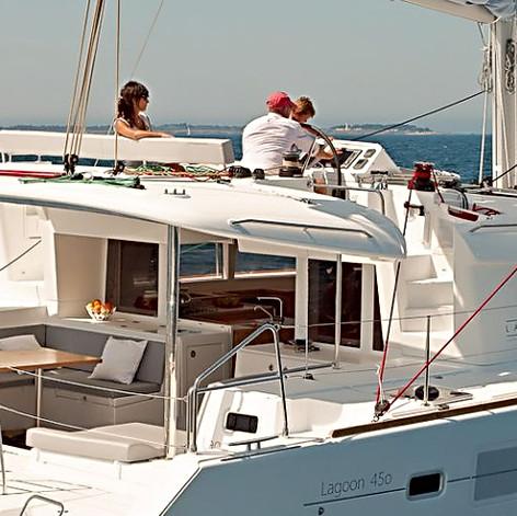 3b01ff535e2933bb3664f94ae5050b8f_lagoon_450_waypoint_charter_croatia-3-1920-515-c.jpg