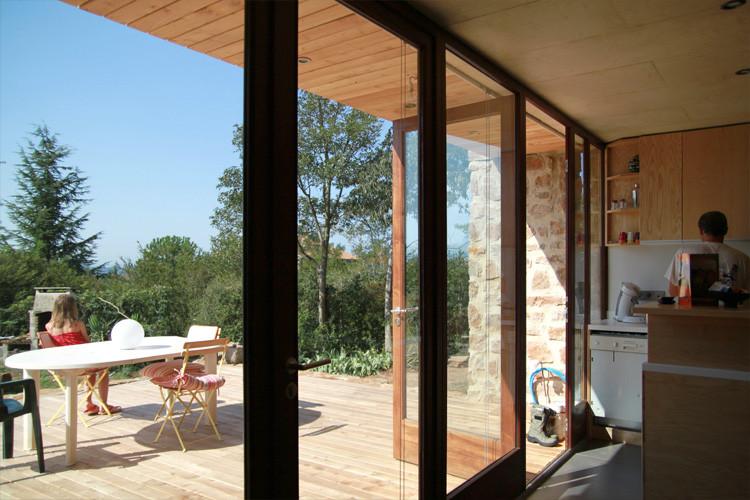 maison_vinezac_baie_terrasse_750.jpg