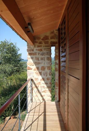 maison_vinezac_balcon.jpg
