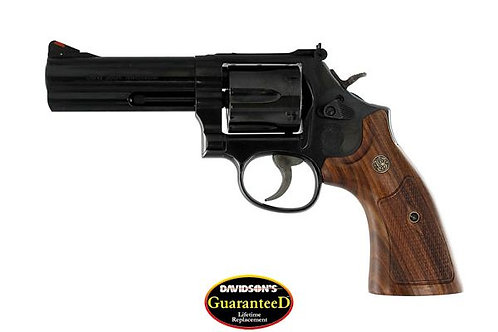 Smith & Wesson Model: 586 Distinguished Combat Magnum