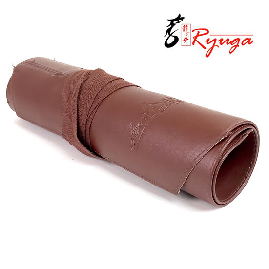 TROUSSE DÉROULANTE Ryuga  en simili cuir à lanière 45 x 27 cm
