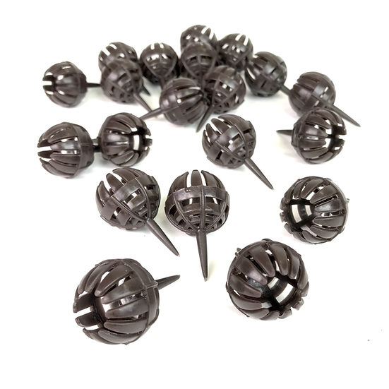 PANIERS à engrais à piquer 25 mm. 1, 3, 5 ou 10 paniers