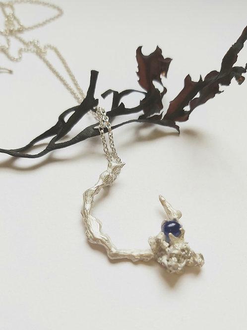 Seaweed Curl Pendant