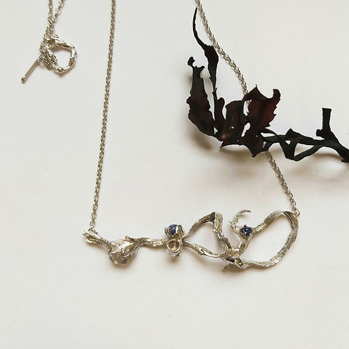 Seaweed Curl Necklace