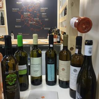 wines vinexpo 19c.jpg