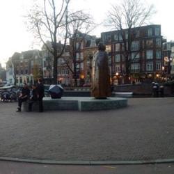 statue of Spinoza, Amsterdam
