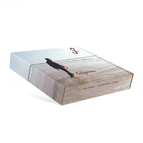 """Limited Edition """"California"""" Signature Merch Box"""