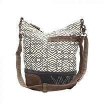 X DESIGN SHOULDER BAG