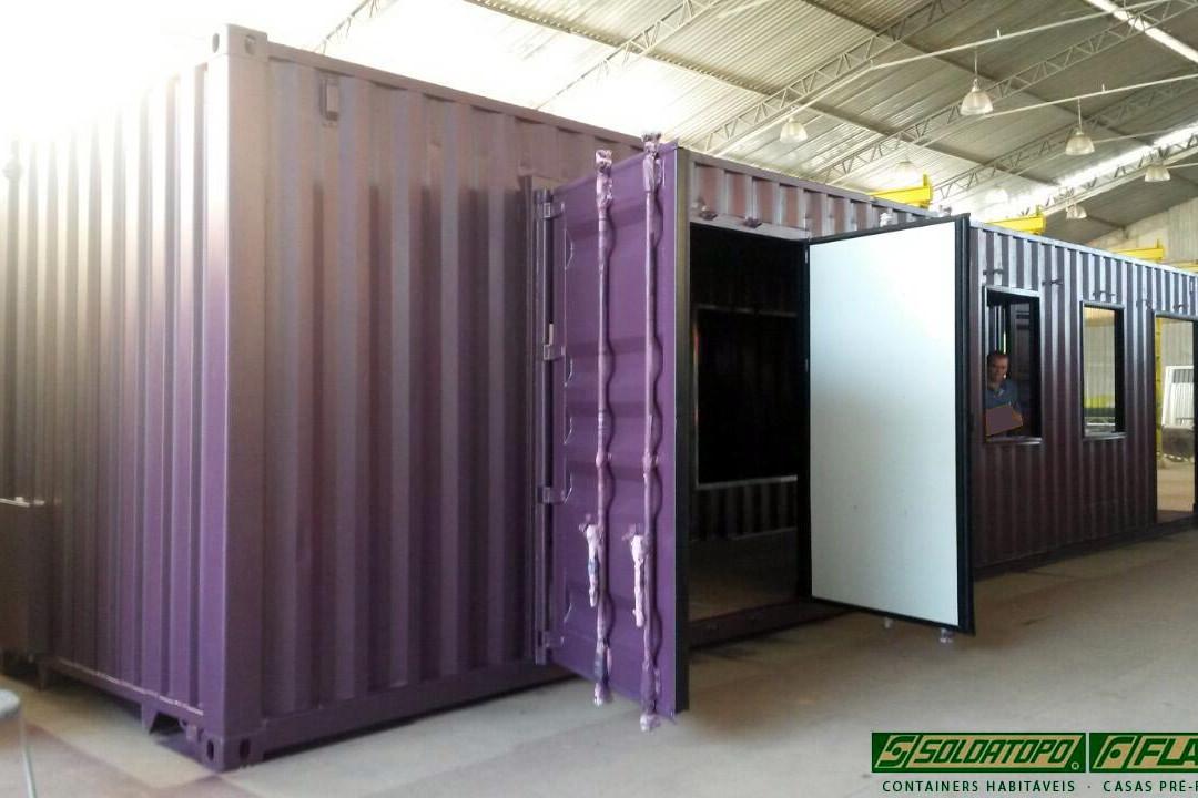 Projeto em Container Marítimo