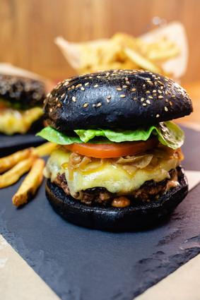 DOM's Burger