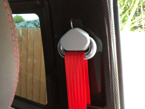 VW-TRANSPORTER-T6.1-RACELINE-RED-SEAT-BE