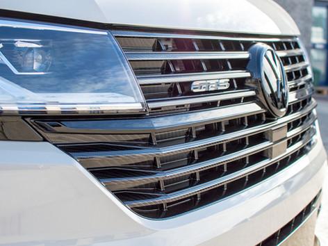 VW-T6.1-CARBON-FRONT-GRILLS.jpg