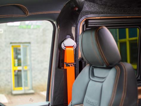 VW-TRANSPORTER-COLOURED-SEAT-BELTS.jpg