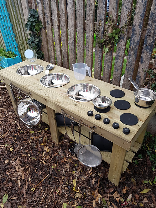 Backless 1.5m, fully treated, triple bowl mud kitchen