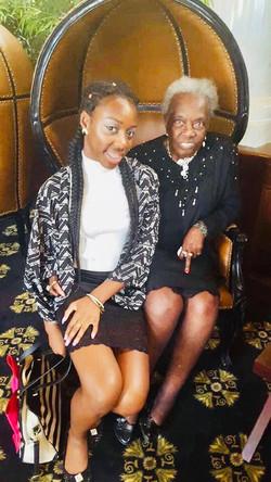 Bessie Robertson with Niece Kaylynn Pride