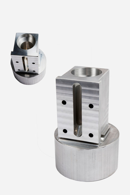 Precision CNC machined part by Progresive Machining Inc., Waterloo, Ontario