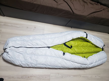 """This is a DIY camping quilt made by """"Hangedman Hammocks"""" in Japan. Jiro used nearly 1lb of down in this project!"""