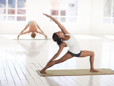 Faut-il être une femme jeune et souple pour pratiquer le yoga ?