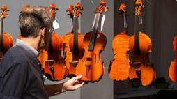 """Concorso Triennale Internazionale di Liuteria """"Antonio Stradivari"""" di Cremona"""