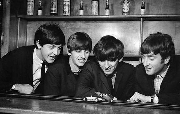 Автомобили Beatles | Rock Auto Club