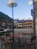 Ресторанчик около гор