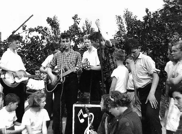 Славный путь от Quarrymen до Beatles | Rock Auto Club