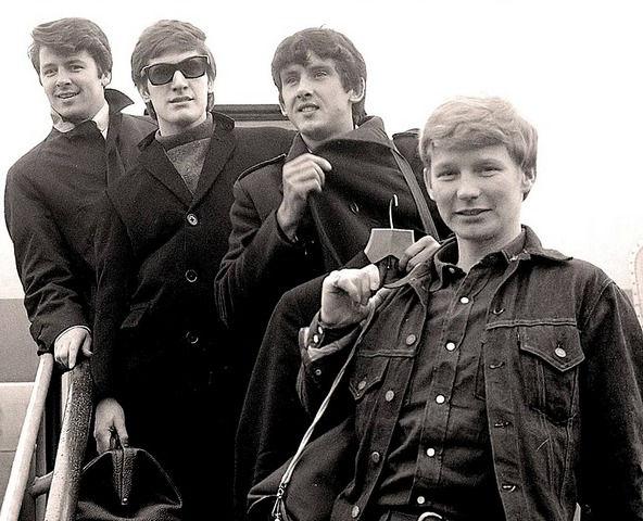 История британской группы The Searchers | Rock Auto Club