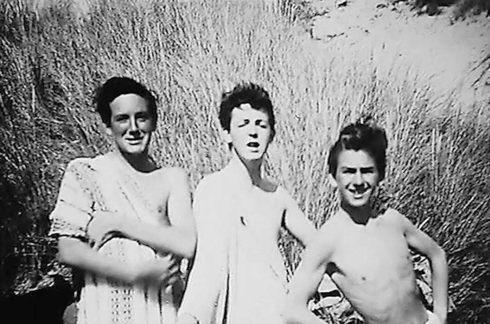 В 1958 году Маккартни и Харрисон