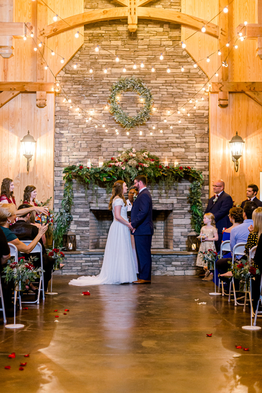 Elkins Wedding | The Roost at Butler Farm | Taylor Prickett Photography