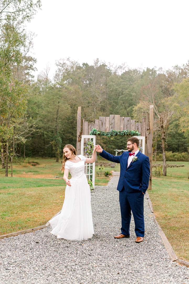 theroostatbutlerfarm_couplesportraits-61