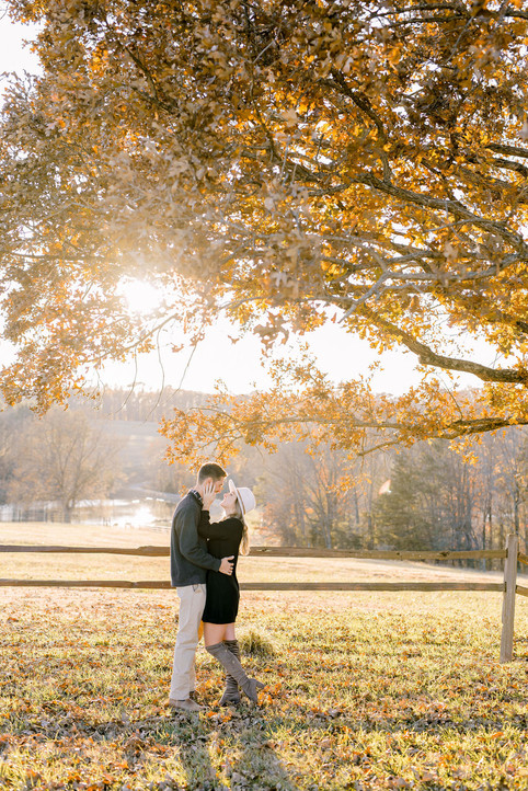 Claire + Paul ngagement Session   Oakhaven Properties, Oxford NC   Taylor Prickett Photography