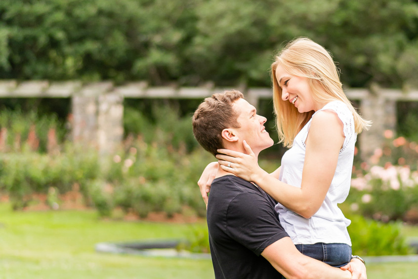 Kristin & Brandon Engagement Session | Raleigh Rose Garden NC | Taylor Prickett Photography