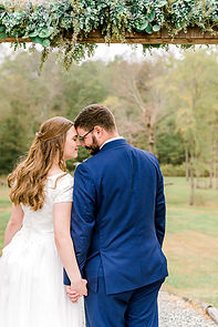 theroostatbutlerfarm_couplesportraits-32