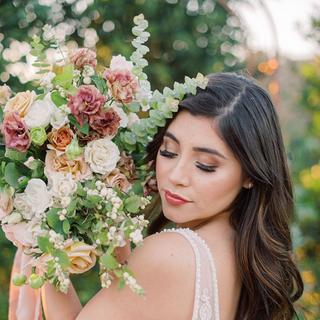 Lush Textural Garden style Bridal Bouque