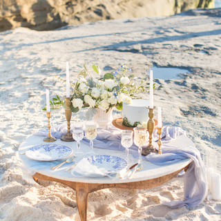 Intimate sweetheart table picinic for two for an Elopement at Windansea Beach, La Jolla, CA