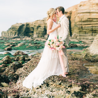 Sunset Cliffs Tide pool Elopement with gorgeous lush and romantic blush bridal bouquet by San Diego Wedding Florist Le Champage Projects