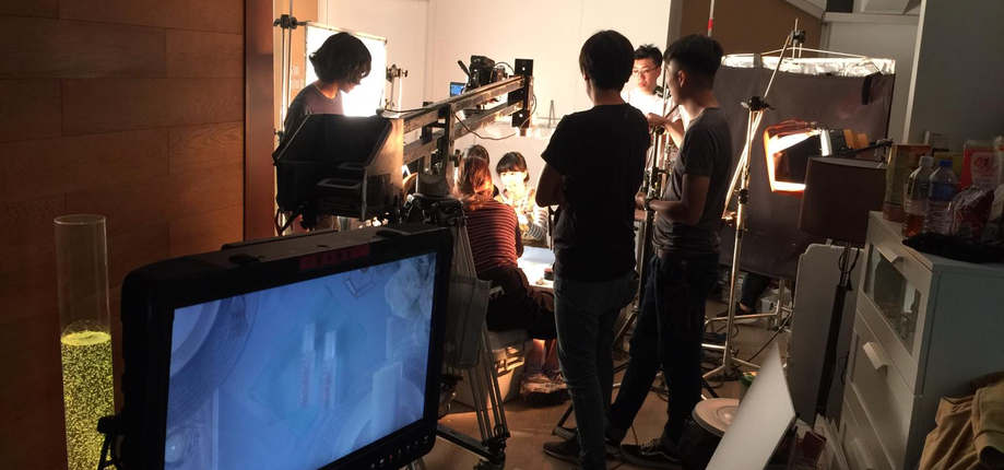 Tabletop shooting in studio by Plan B Film Production