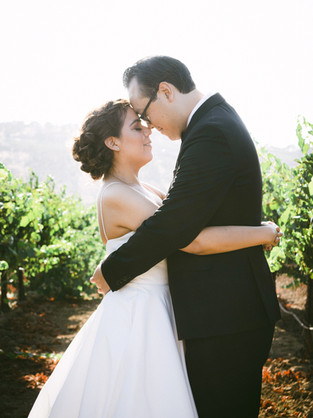 SF City Hall Wedding: When Two Artists Fall In Love