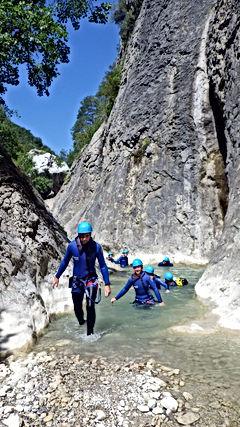 Marche dans le Canyon du Riolan