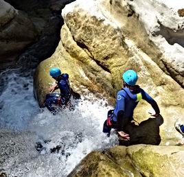 Clue de St Auban, Canyoning 1/2 journée Verdon, Canyon sportif prés de Nice et Castellane, Libertagrimpe